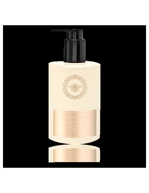 Closeup 8994c250313d716fed3c467341f78252a1c3baba ecbl01 essentials honey nectar hand   body lotion high res tiff