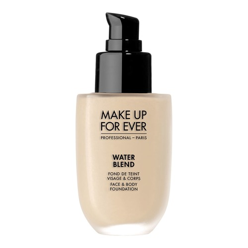 Closeup   mufe waterblendfoundation y215