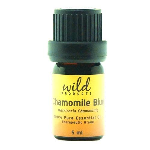 Closeup   chamomile blue 900x1170 web