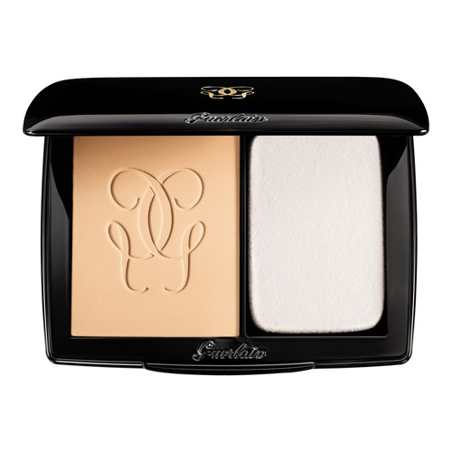 Closeup   lingeriedepeaucompactpowderfoundation 01beigepale